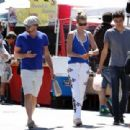 Leonardo DiCaprio & Girlfriend Toni Garrn Wear Matching Shirts to the Farmer's Market! (April 6)