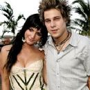 Ashlee Simpson and Ryan Cabrera - 240 x 320