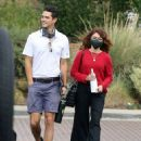 Sarah Hyland – checking out wedding venues in Los Angeles