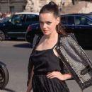 Roxane Mesquida – Elie Saab Fashion Show in Paris - 454 x 682