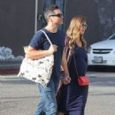 Jessica Alba and Cash Warren out shoppingin Venice Beach, CA - 454 x 681