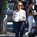 Natalie Portman – steps out in Los Angeles - 454 x 681