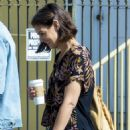 Katie Holmes – Out for a coffee in New Orleans