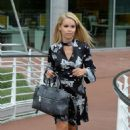 Katie Piper Arrives at her Hotel in Manchester - 454 x 752