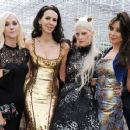 The Serpentine Gallery Summer Party Co-Hosted By L'Wren Scott - 26 June 2013 - 454 x 372