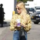 Emma Roberts at the Coffee Bean and Tea Leaf in West Hollywood 10/19/ 2016 - 454 x 635