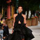 Irina Shayk – Oscar de la Renta Runway Show – New York Fashion Week