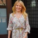 Kylie Minogue in Floral Print Dress out in New York City - 454 x 681