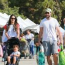 'Furious 7' actress Jordana Brewster went to the farmer's market with her family in Los Angeles, California on August 21, 2016 - 454 x 538