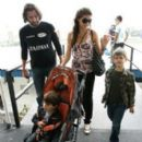 Rico Mansur and Isabeli Fontana + her kids