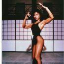 Michiko Nishiwaki - 375 x 524
