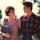 Molly Ringwald and Michael Schoeffling - 454 x 301