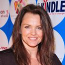 Dina Meyer - 7 Annual UCLA Dance Marathon For The Elizabeth Glaser Pediatric AIDS Foundation, 16 February 2008. - 454 x 646