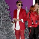 Justin Bieber arrives at the premiere of Open Road Films' 'Justin Bieber's Believe' at the Regal Cinemas L.A. Live on December 18, 2013 in Los Angeles, California - 395 x 594