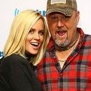 Larry The Cable Guy and Jenny McCarthy