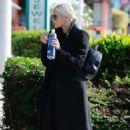Ashlee Simpson – Heading the gym in Studio City