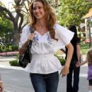 Shannon Elizabeth - Shopping At The Grove In Hollywood, 24 March 2010