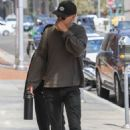 Vanessa Hudgens and Austin Butler Leaving a doctors office in Beverly Hills - 454 x 681