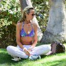 Lady Victoria Hervey in Bikini at 2017 Coachella Music Festival in Indio - 454 x 390