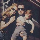 John Travolta and Kelly Preston - 194 x 285