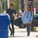 Ariana Grande – Arrives at a music studio in Hollywood - 454 x 459