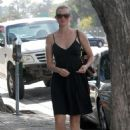 Amy Smart - Leaves Byron & Tracey Salon In Beverly Hills - September 29, 2010