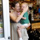 Jennifer Garner Out And About In Brentwood, 2008-08-14