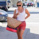 Reese Witherspoon – Heads to a spa in Brentwood