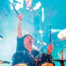 Lars Ulrich of the band Metallica performs live on stage at Autodromo de Interlagos on March 25, 2017 in Sao Paulo, Brazil - 400 x 600