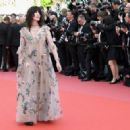 Isabelle Adjani : : Cannes Film Festival 2018 ('Everybody Knows (Todos Lo Saben)' & Opening Gala) - 454 x 322