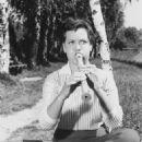 Ruth Stephan - 454 x 614