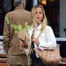 Amelia Windsor – Pictured with bouquet of flowers while out in London - 454 x 589