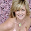Amanda Tapping  -  Wallpaper - 454 x 284