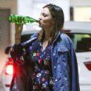 Miranda Kerr – Out in Santa Monica - 454 x 681