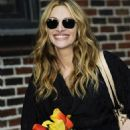 """Julia Roberts - Visits The """"Late Show With David Letterman"""", New York City, 17. 3. 2009."""
