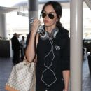 Megan Fox – Arrives at LAX Airport in Los Angeles - 454 x 681