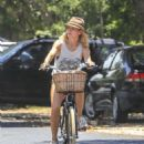 Elsa Pataky – Riding her bicycle in Byron Bay - 454 x 578