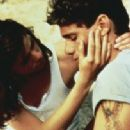 Steven Bauer and Linda Fiorentino in Wildfire (1988)