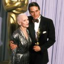 Jessica Tandy and Jeremy Irons At The 63rd Annual Academy Awards (1991) - 454 x 684