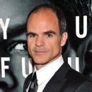 Michael Kelly - 385 x 594