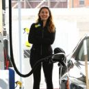 Kelly Brook At A Gas Station In Hollywood