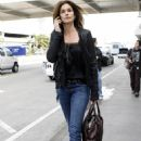 Cindy Crawford - LAX Airport Candids, 24. 2. 2009.