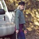Malin Akerman in Tights – Hiking in Los Angeles - 454 x 771
