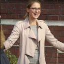 "Melissa Benoist – ""Supergirl"" Set in Vancouver 10/29/2018 - 454 x 681"