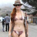 Phoebe Price - Malibu, 2010-09-05 - 454 x 521