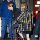December 8, 2017 - Taylor Swift and Joe Alwyn arriving at her apartment in New York City - 454 x 627
