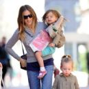 Sarah Jessica Parker: taking her twin daughters to school in New York City