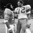 Earl Campbell and Ed Too Tall Jones, The Day the Unstoppable Force met the Immovable Machine - 454 x 582