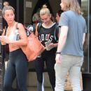 Hailey Baldwin – Leaving the gym in NYC - 454 x 613