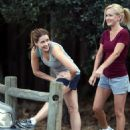 Jenna Fischer and Angela Kinsey Jogging - 454 x 591